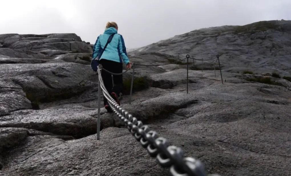 Kjeragbolten - Fighting our way through the mist