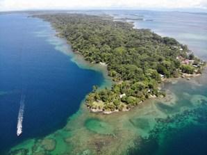 Isla Solarte, mit der Drohne, Bocas del Toro