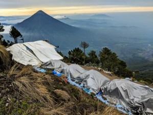 Acatenango Wanderung, Blick auf Vulkan Agua
