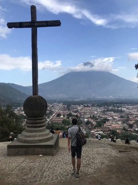 Cerro La Cruz, Antigua