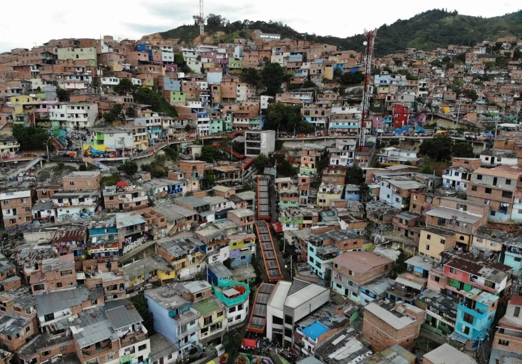 Comuna 13, Medellin ohne Guide