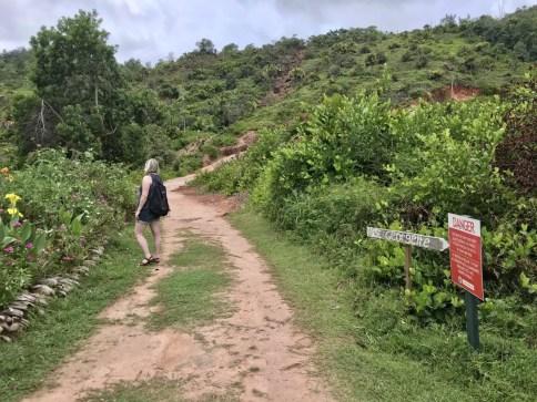 Wanderweg Anse Lazio nach Mount Plaisir