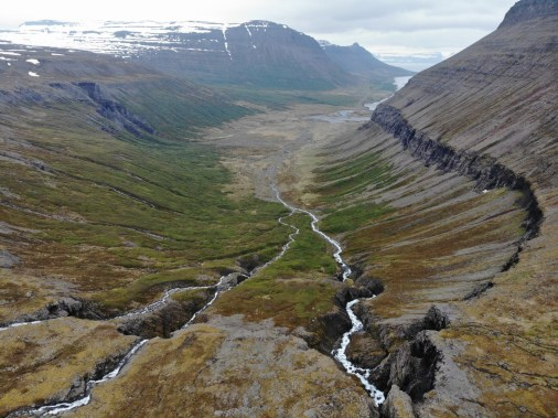 Island Westfjorde Wanderung Valagil Wasserfall