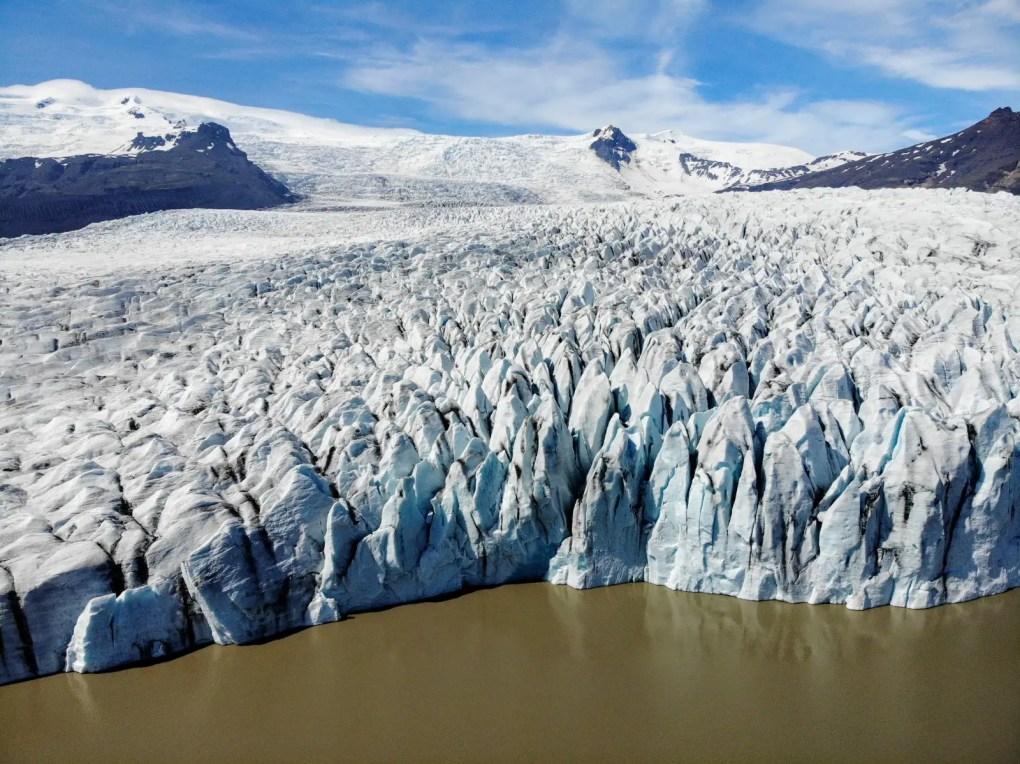 Jökulsárlón Gletscherlagune Island I Der See voller Eisberge