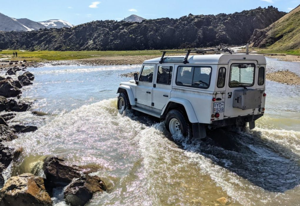 Iceland River Crossing - The Ultimate Guide