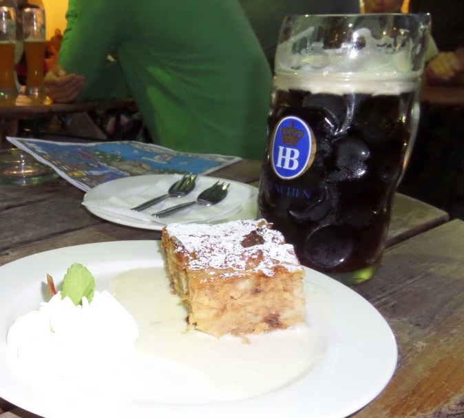 Hofbrauhaus Dunkel Bier and Apple Strudel, Munich