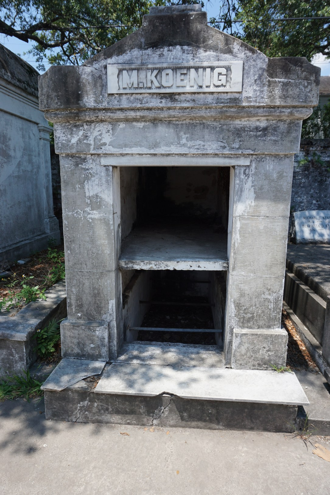 Open tomb in Lafayette Cemetery No1, New Orleans