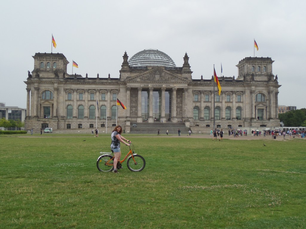 10 Reasons to book a cycling tour through europe