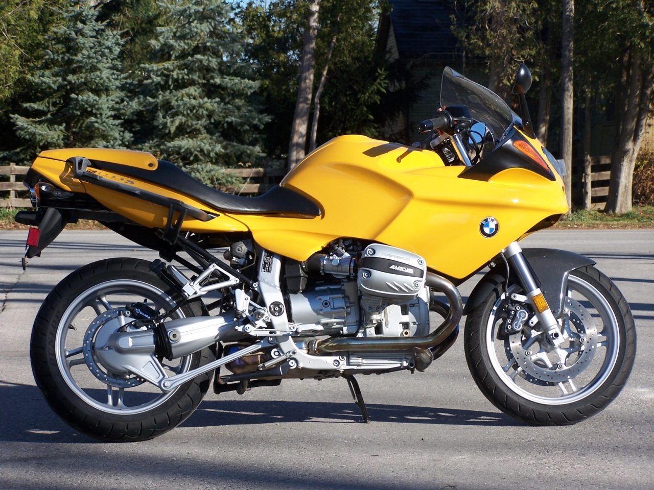 Bmw R1100series  Review And Photos