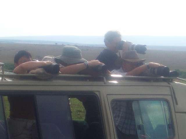 long-lenses-masai-mara-reserve-kenya.jpg