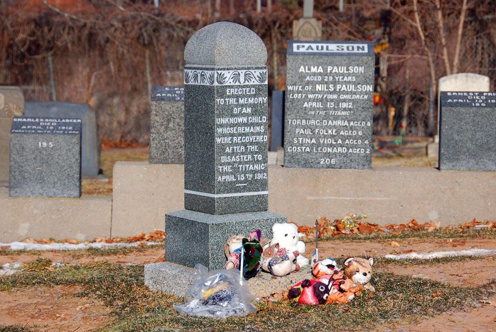 Gravestone of Unknown Child