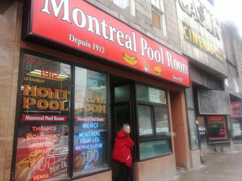 Montreal Pool Room hotdog steame