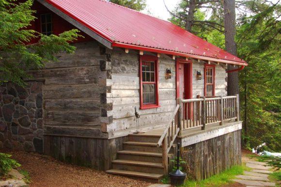 Algonquin-Provincial-Park-Bartlett-Lodge-Isabel's-Cabin