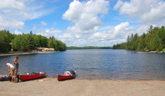 Algonquin-Provincial-Park-Canoe-Lake-beach