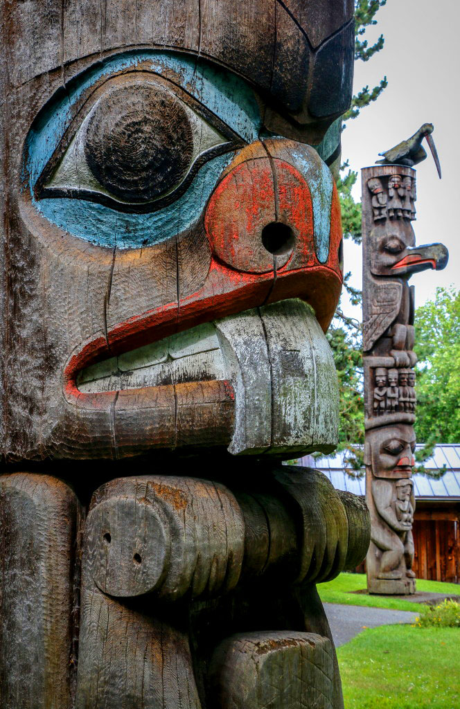 Totems in Thunderbird Park aboriginal cultural