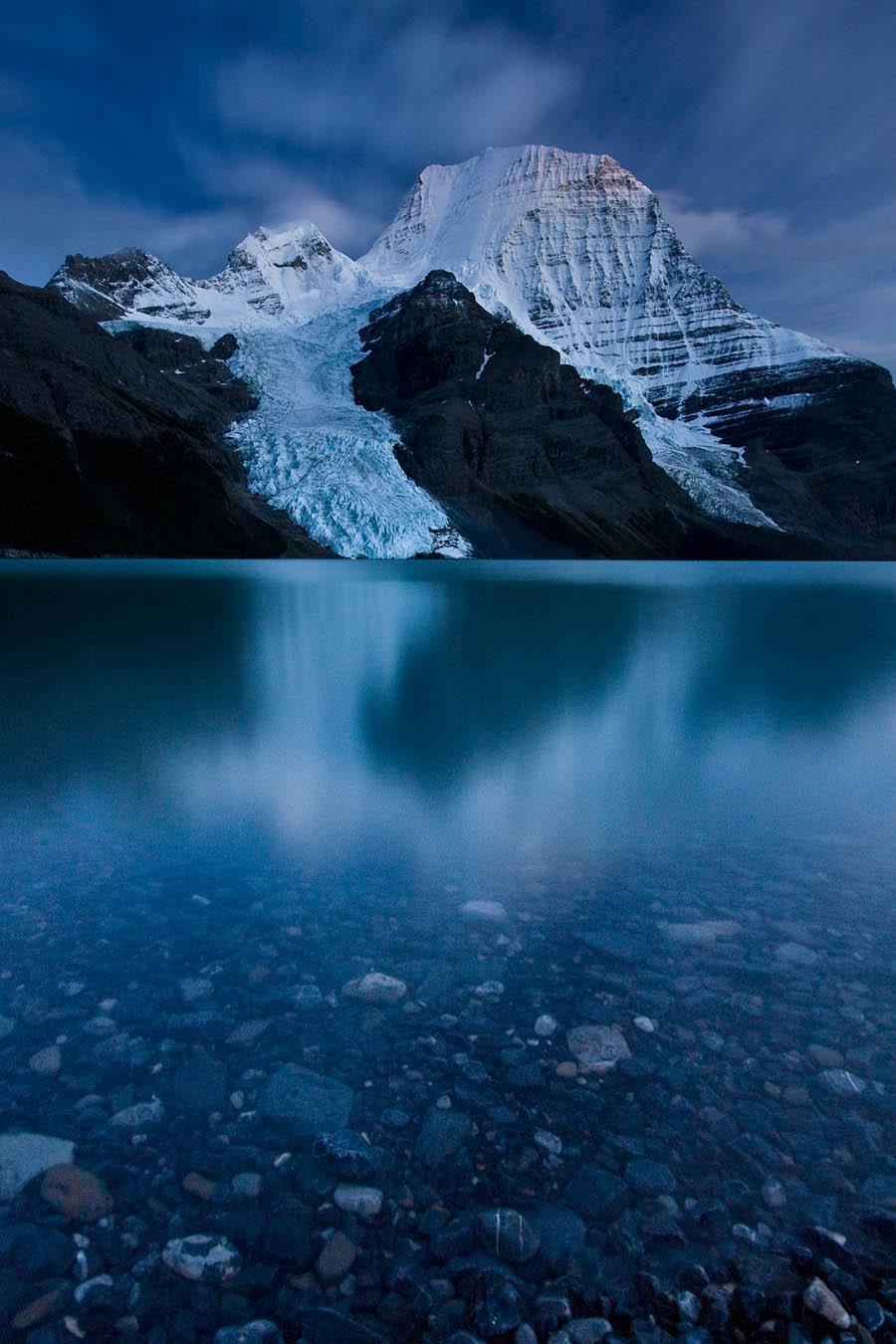Mount Robson Twilight – Photo by Jeffrey Pang