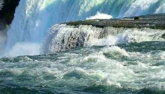 How Niagara Falls became the Honeymoon Capital of the World