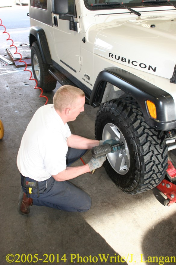 New Toyo M/T LT265/75R16E being mounted on 2-door 2005 TJ Rubicon Unlimited