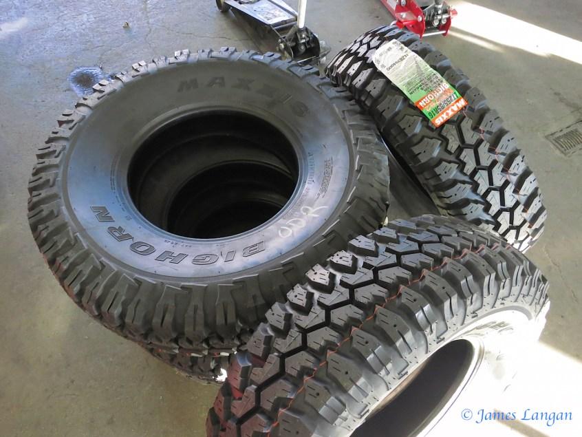 Maxxis Bighorn LT255/85R16D