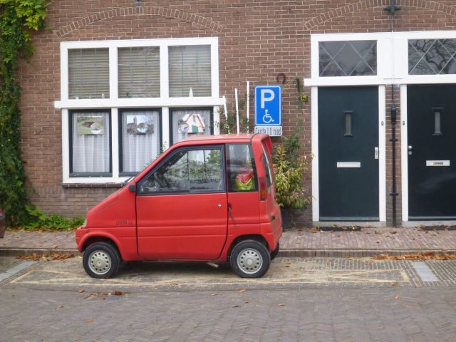Place de stationnement spécialement dédiée à la Canta LX - Naarden