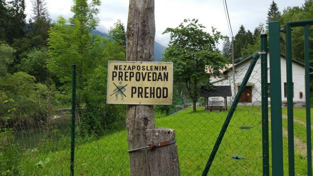 Panneau écrit en slovène