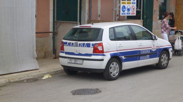 Une voiture des douanes vue à Rovinj - Croatie