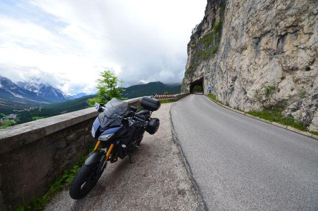 Route entre le col de Falzarego et Cortina d'Ampezzo