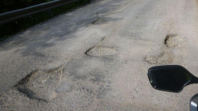 La route dans les gorges de Rugova