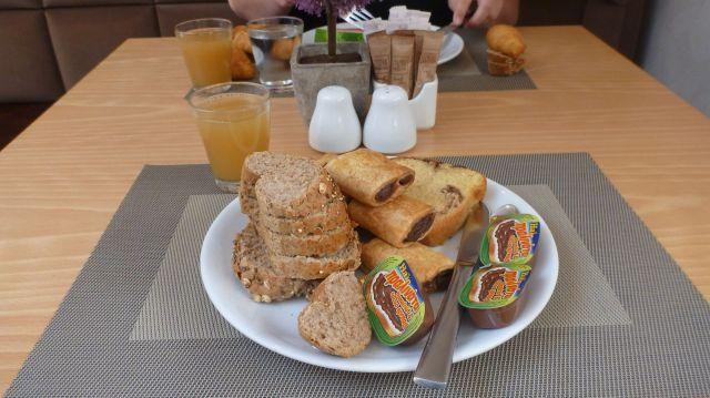 Petit déjeuner de Fred au Central Athens Hotel