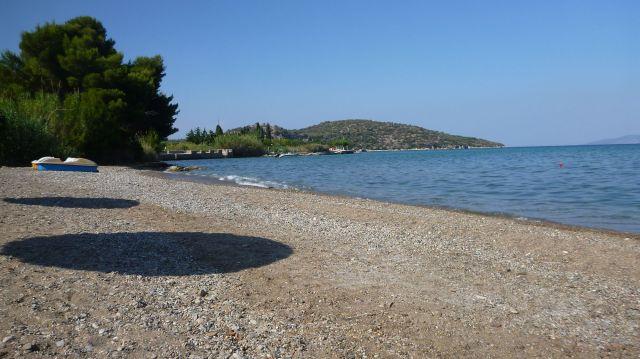 Plage à proximité de la cité engloutie d'Epidavros - Grèce