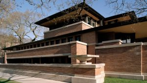 robie-house-1910-chicago-illinois-frank-lloyd-wright-150th-birthday_dezeen_hero-852x479.jpg