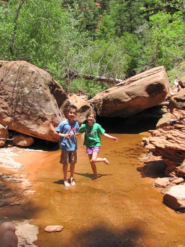 La Verkin Creek Trail in Kolob Canyon: Playing in Beatty Springs in Zion National Park
