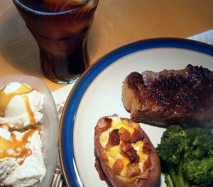 A meal fit for Wayne Gretzky: Steak potatoes and — to make Mike Keenan happy — broccoli. Diet Coke to drink and a vanilla ice cream sundae for dessert.