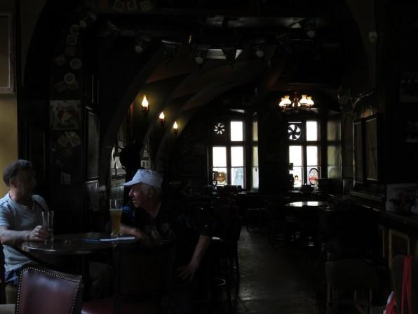 Klausen - inside