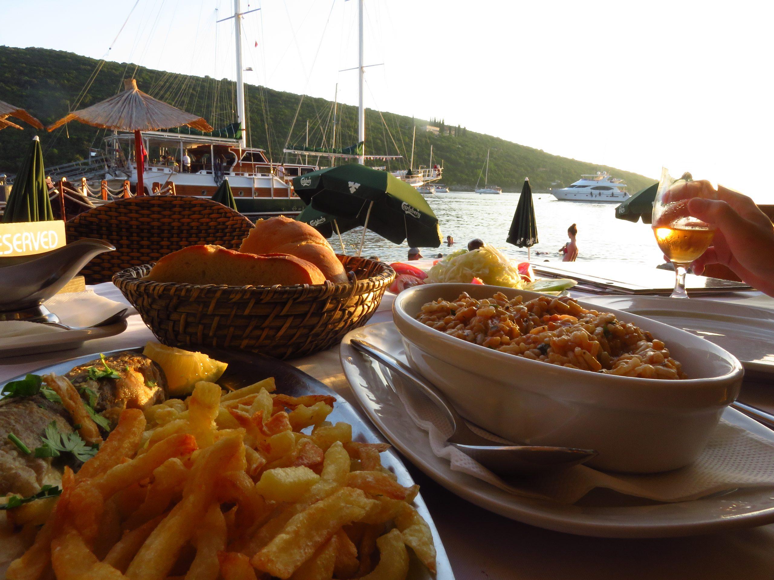 bigova bay montenegro grispolis restaurant