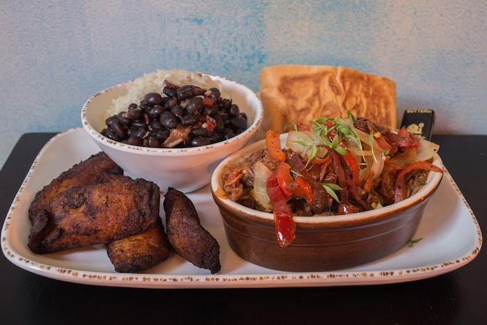 benis cubano east cobb restaurant review