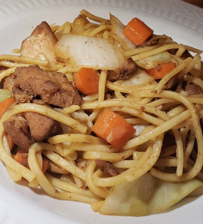 caribbean chow mein with vidalia onions