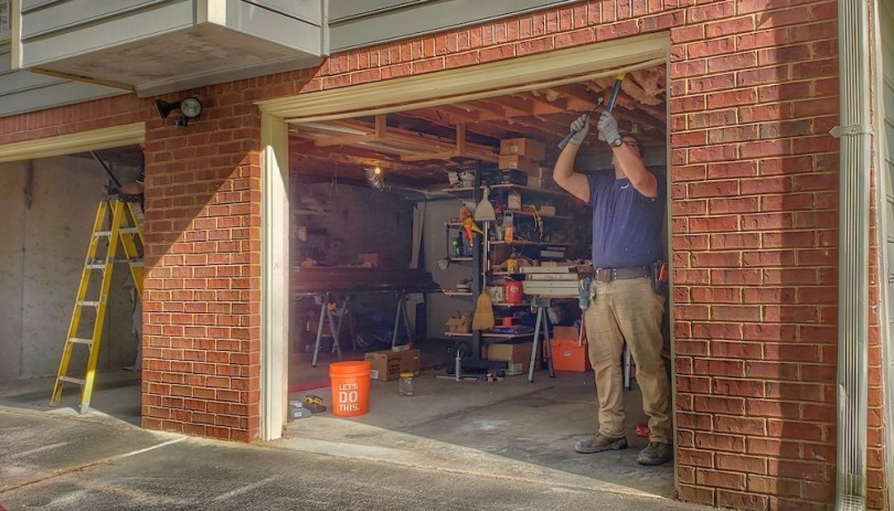 best-garage-door-replacement-tips-roamilicious