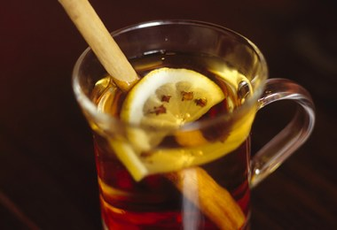 apple-cider-vinegar-hot-toddy-roamilicious