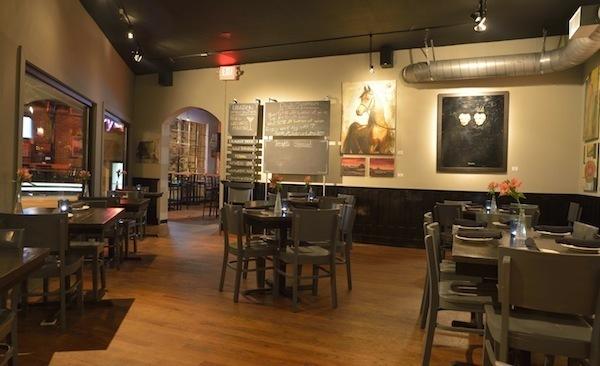 Eclectic Bar and Bistro Midtown Atlanta Restaurant