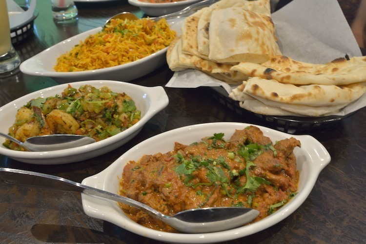 Tava-Indian-Bistro-curries-naa