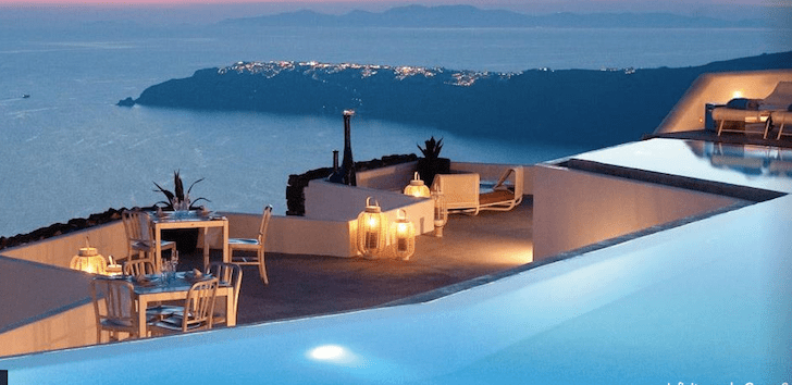santorini-greece-honeymoon-suite-roamilicious