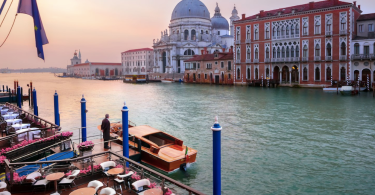 venice-honeymoon-best-hotel-roamilicious