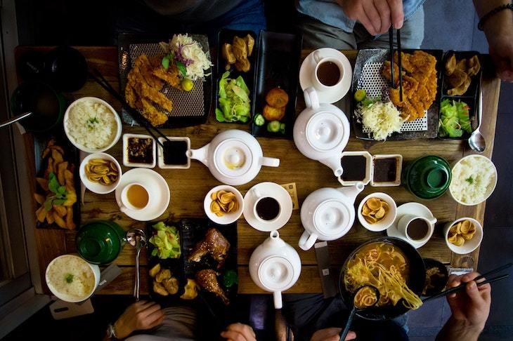 plan your perfect tea party roamilicious