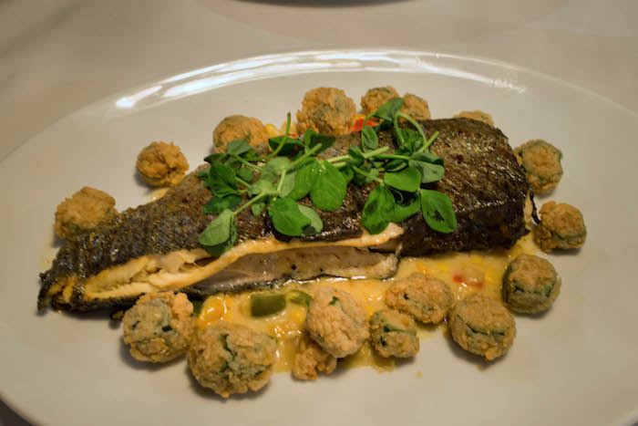 hugos oyster bar roswell atlanta
