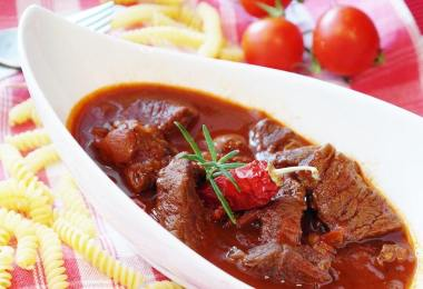 beef-stew-guiness-recipe-roamilicious