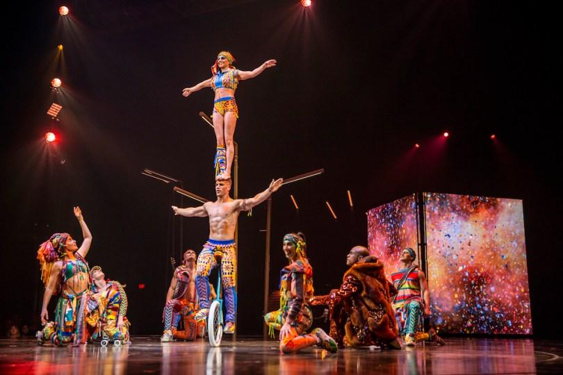 VOLTA-cirque-du-soleil-costumes-roamilicious