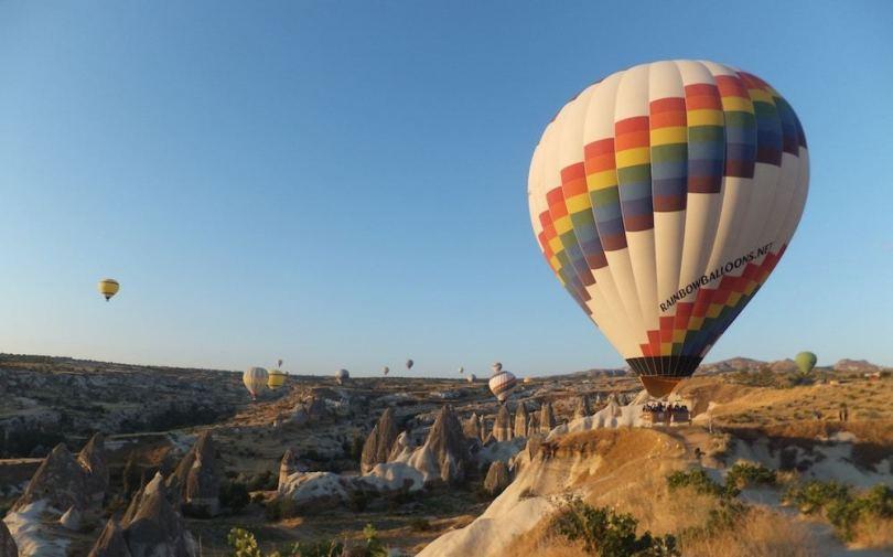 hot-air-balloon-dubai-roamilicious