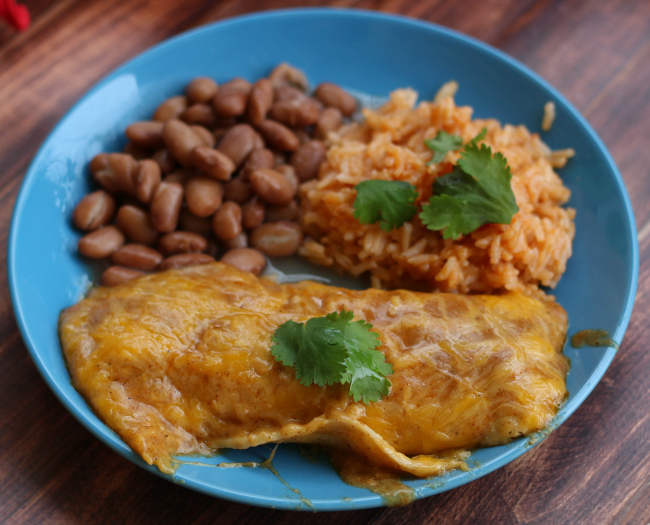 cheese-enchiladas-recipe-roamilicious