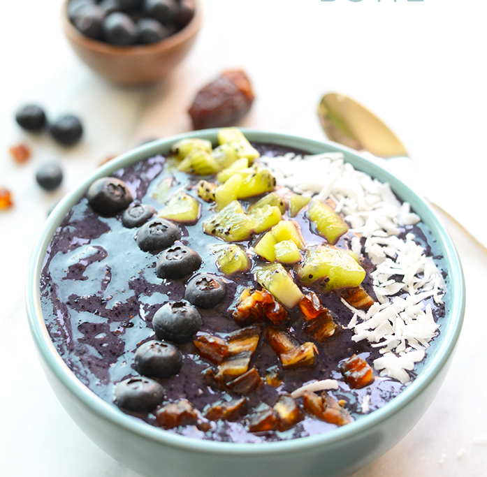 blueberry-date-smoothie-bowl-recipe